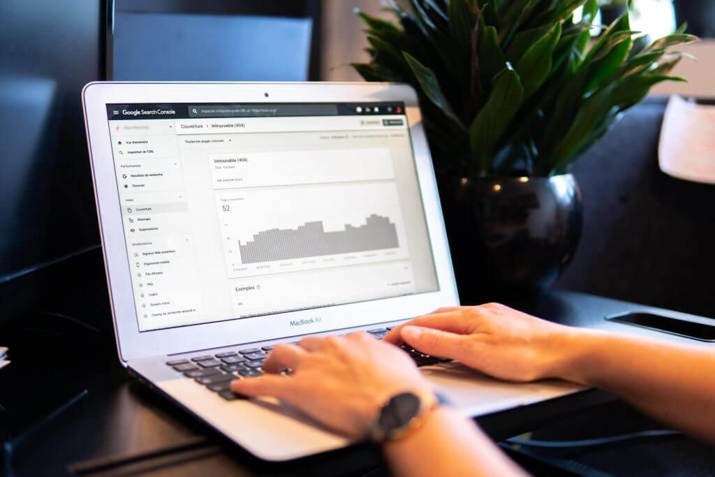 Data Analytics - EWR Digital