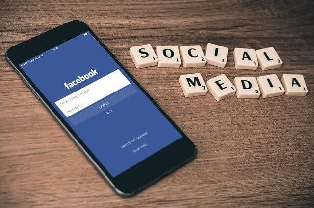Social Media scrabble - EWR Digital